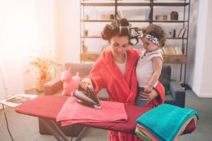 how-do-working-moms-keep-a-clean-house